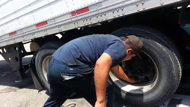 Best Ways To Buy Truck Tires 2