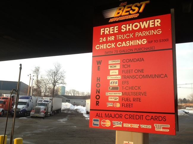 7 Secrets To Know When Choosing The Best Truck Stop 4