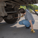 7 Dangerous Signs That You Need To Inspect Brake Calipers