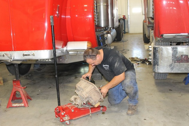 How To Avoid Expensive Diesel Truck Repair5