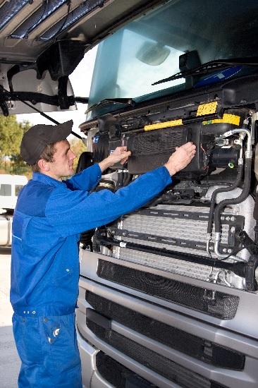 How To Avoid Expensive Diesel Truck Repair7