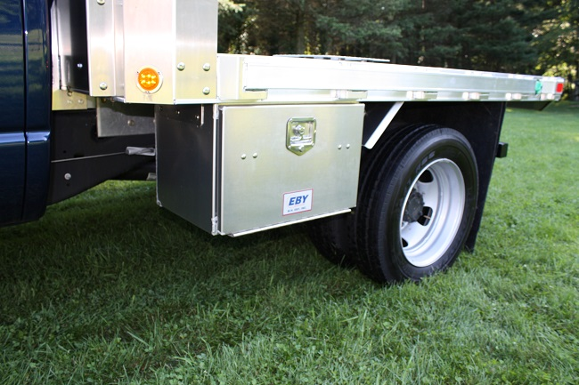 10 secret tips to find the best truck toolbox. Black Bedroom Furniture Sets. Home Design Ideas