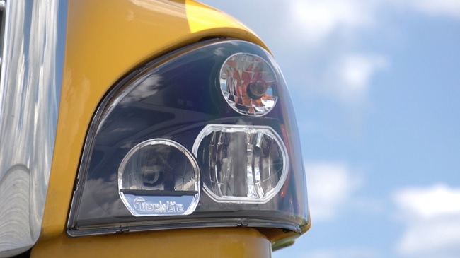 Learn All About Truck Lite LED Lights