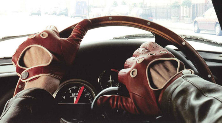 10 Amazing Hidden Tips To Know When Buying Driving Gloves