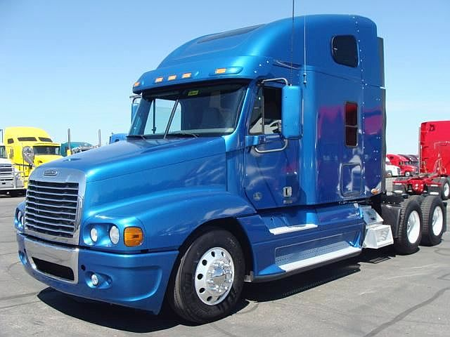 Freightliner Coronado For Sale >> Discover 10 Best Bobtail Trucks - Fueloyal
