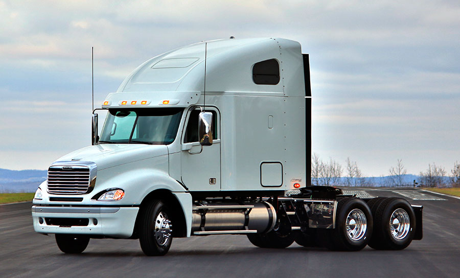 freightliner-columbia-raised-roof