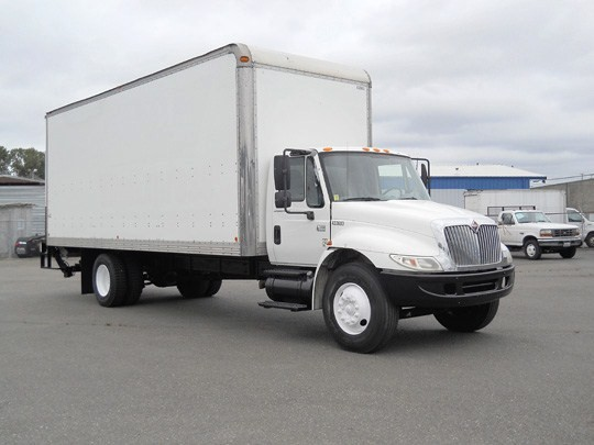 10 Secrets to Know When Buying Straight Truck
