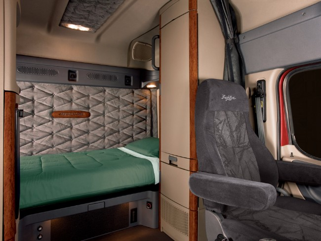 10 Tips To Buying The Best Sleeper Or Extended Cabin Truck