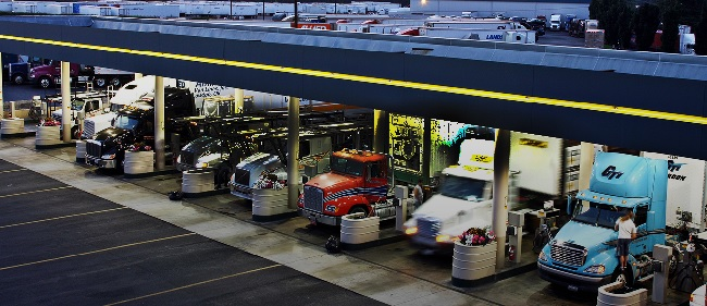 Discover The 10 Best Truck Stop Amenities For Truck Drivers