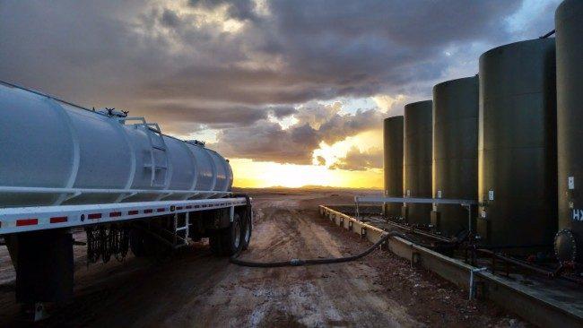 oil-field-trucking-the-most-dangerous-job-in-the-trucking-industry-1