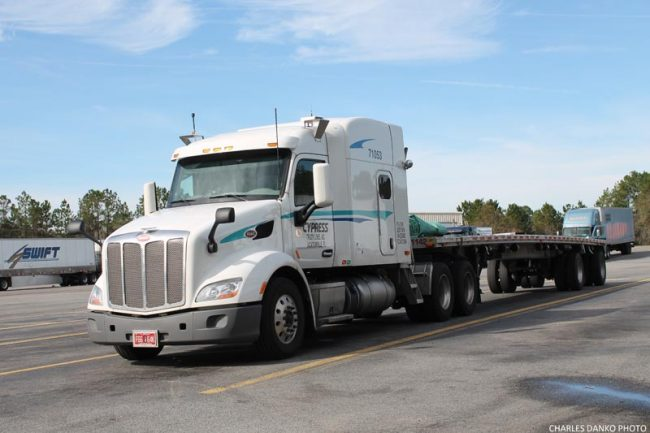 Top 10 Trucking Companies Where You Can Find Flatbed