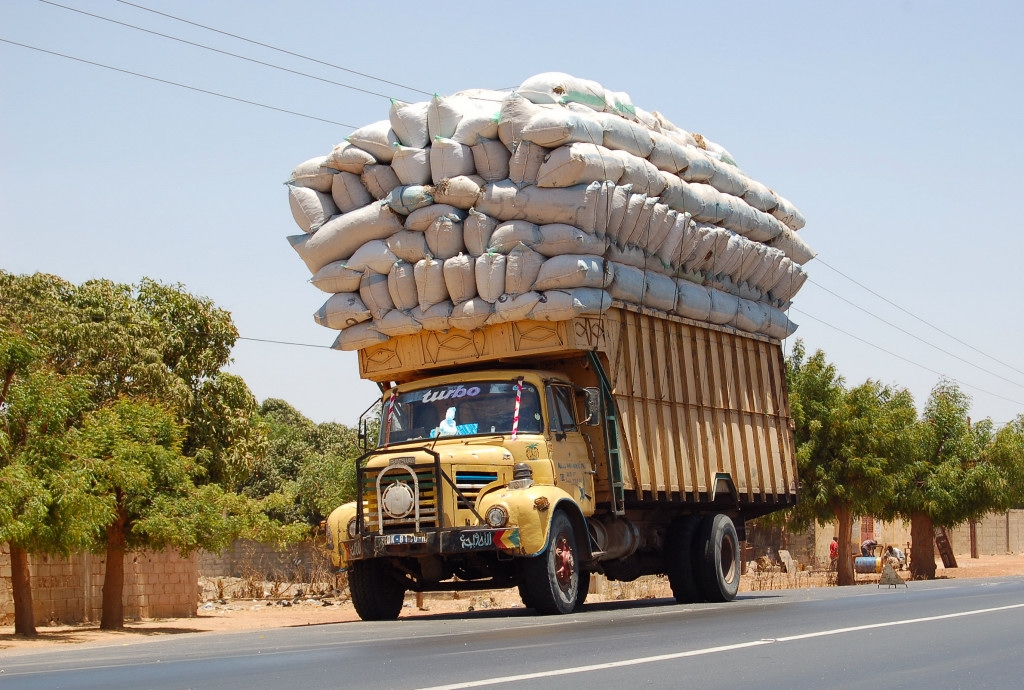 Overloaded Trucks 10 Fails That Will Shock You