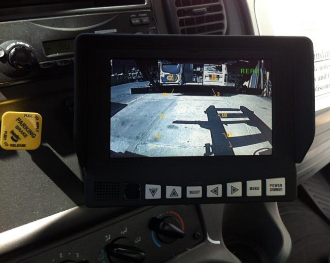 10 secrets to know before buying a gps with back up camera. Black Bedroom Furniture Sets. Home Design Ideas
