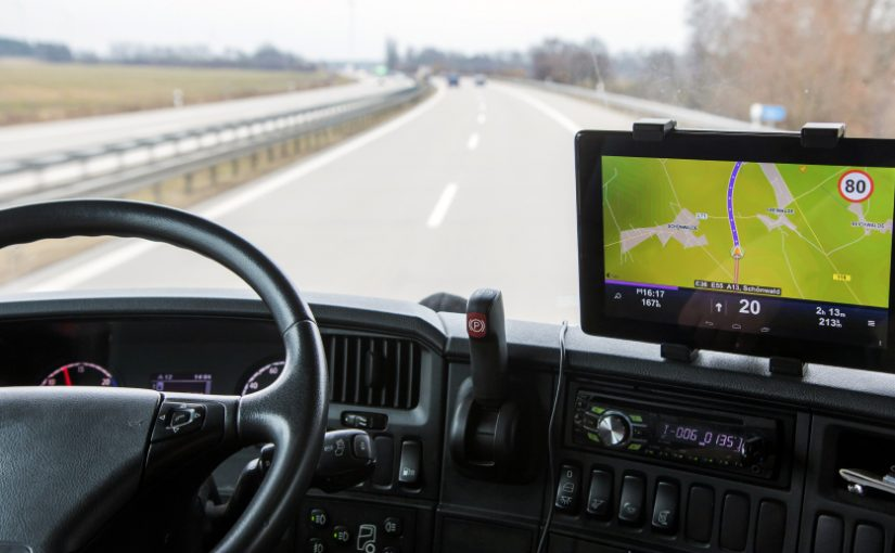 10-secrets-to-know-before-buying-a-gps-with-back-up-camera
