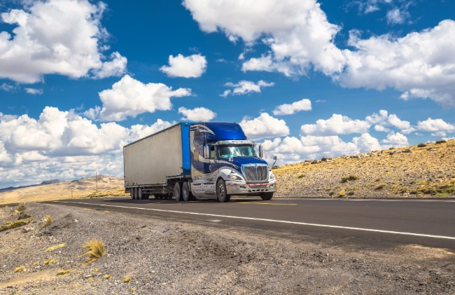 Summer Trucking Heat Hacks – 15 Tips to Stay Cool