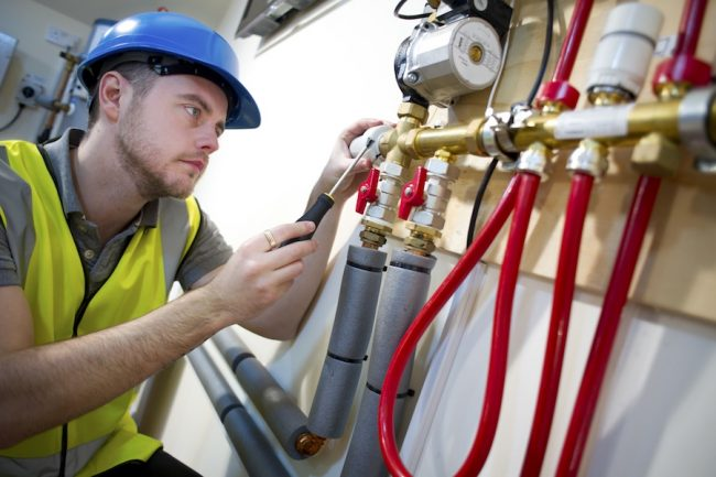 lower the expenses with plumbing fleet tracking