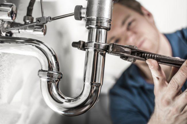plumbing fleet tracking helps employees